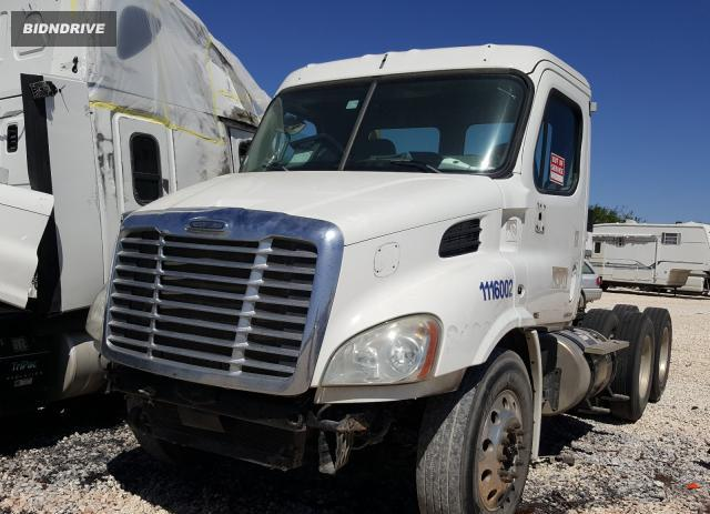 Lot #1602497050 2013 FREIGHTLINER CASCADIA 1 salvage car