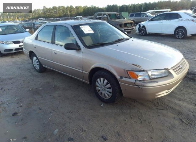 Lot #1607716060 1997 TOYOTA CAMRY LE salvage car