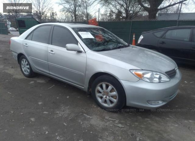 Lot #1641023010 2004 TOYOTA CAMRY LE/XLE salvage car
