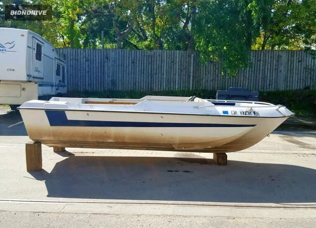 Lot #1644359895 2000 1972 CHRYS BOAT salvage car