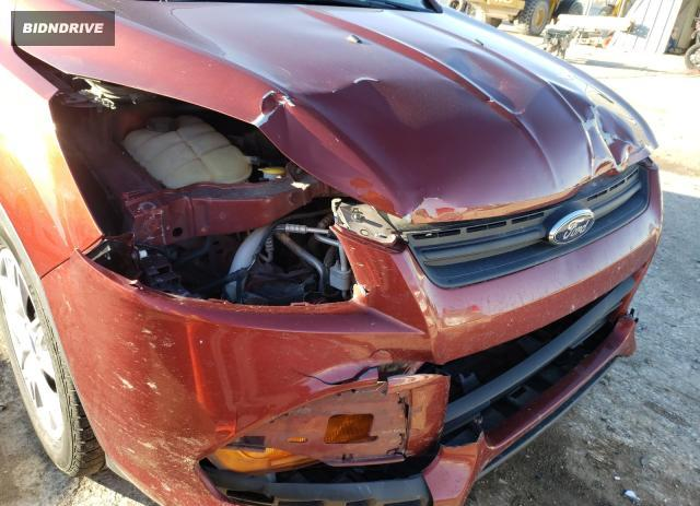 Lot #1677792285 2015 FORD ESCAPE S salvage car