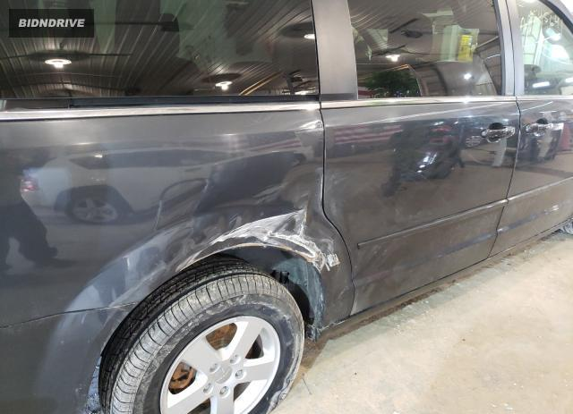Lot #1680724640 2011 DODGE GRAND CARA salvage car