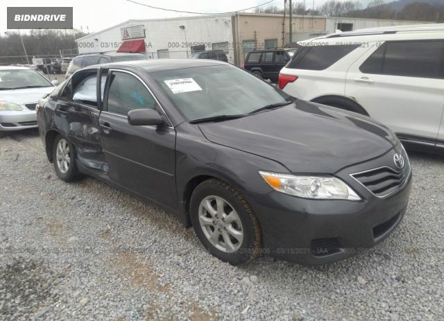 Lot #1682188592 2010 TOYOTA CAMRY salvage car