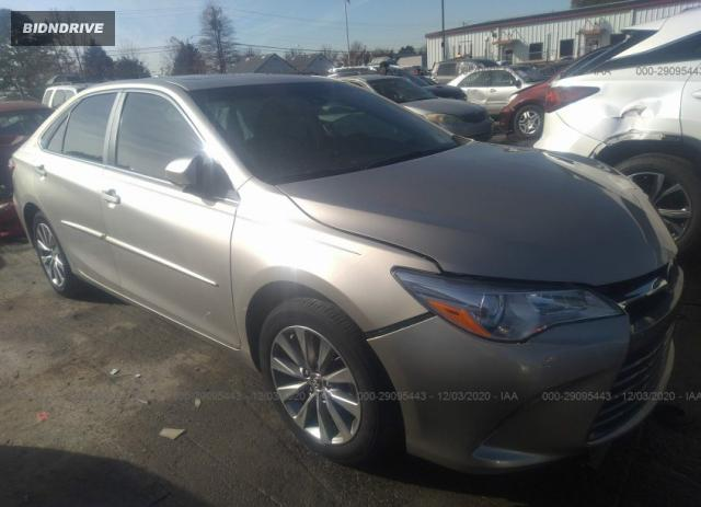 Lot #1682188938 2017 TOYOTA CAMRY XLE/SE/LE/XSE salvage car