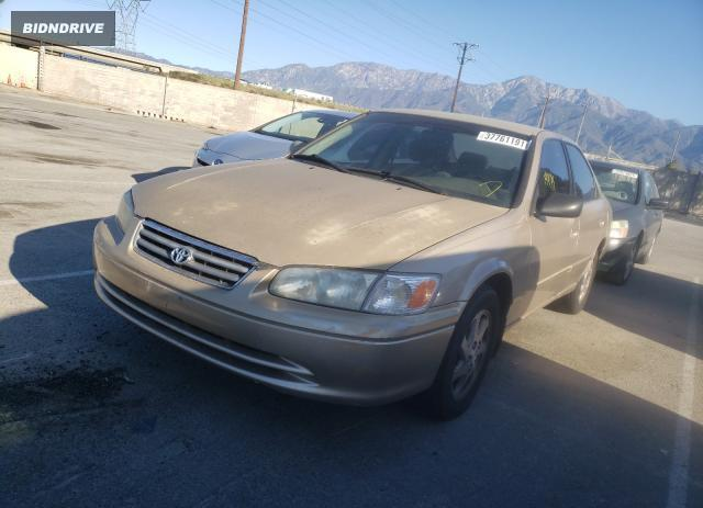 Lot #1689207595 2000 TOYOTA CAMRY LE salvage car