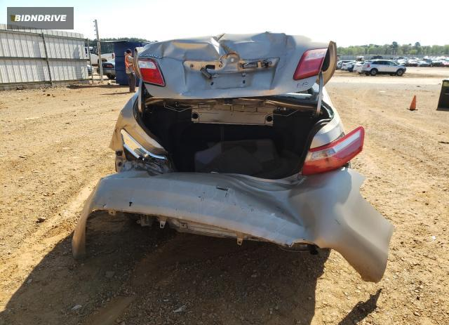 Lot #1691690825 2009 TOYOTA CAMRY BASE salvage car
