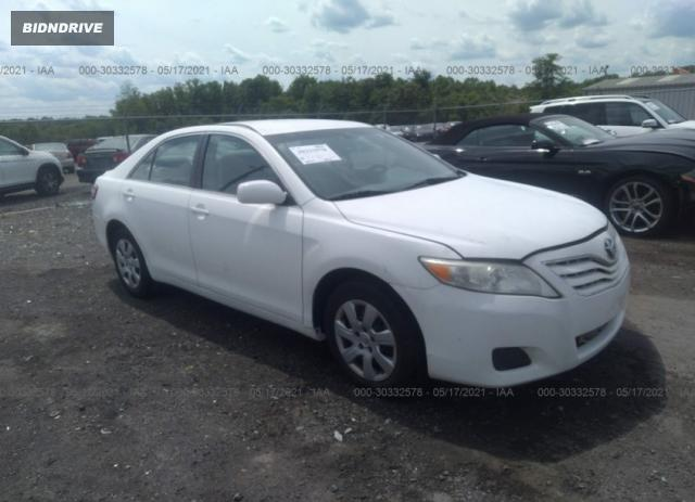 Lot #1709404698 2011 TOYOTA CAMRY salvage car