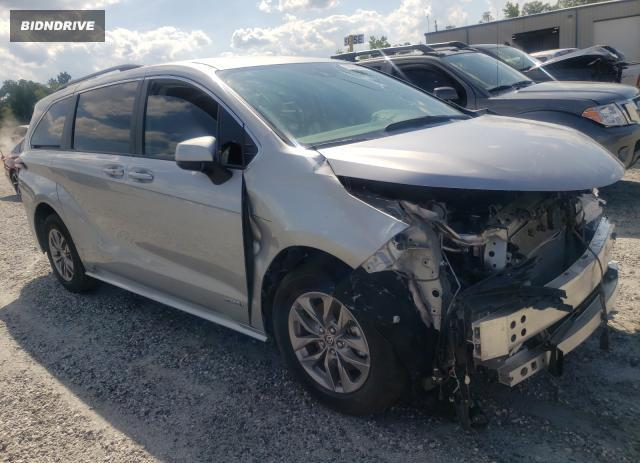 Lot #1720130425 2021 TOYOTA SIENNA LE salvage car