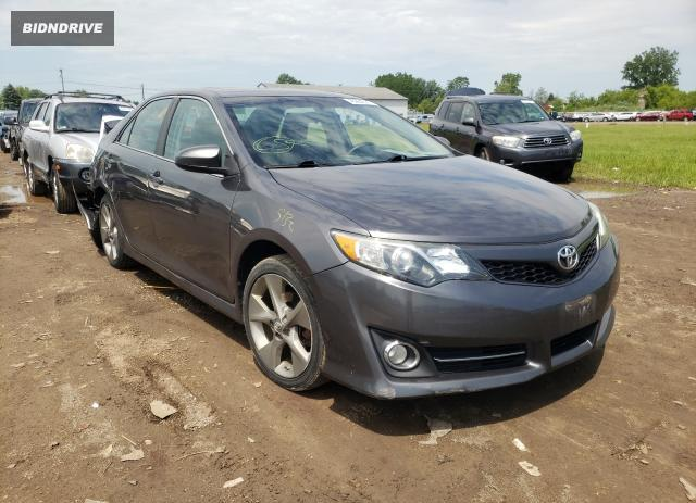 Lot #1726652625 2014 TOYOTA CAMRY L salvage car