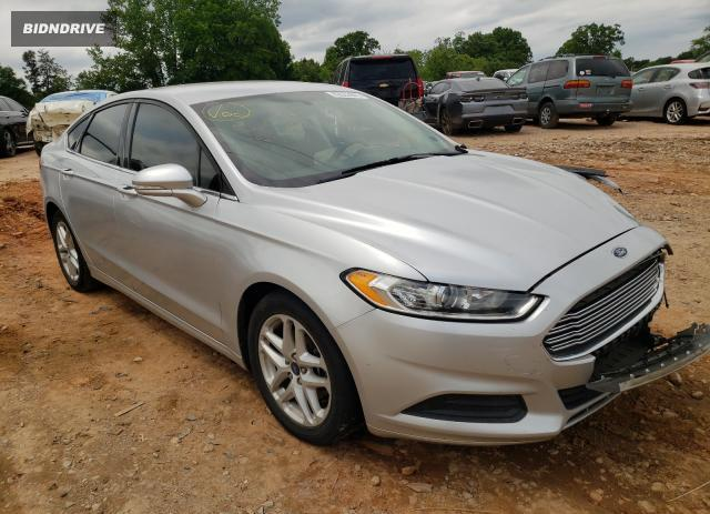 Lot #1729278118 2015 FORD FUSION SE salvage car