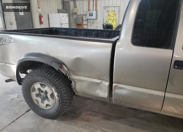 Lot #1763014128 2001 CHEVROLET S TRUCK S1 salvage car