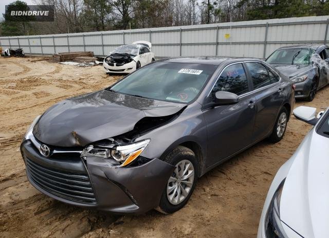 Lot #1765634932 2017 TOYOTA CAMRY LE salvage car